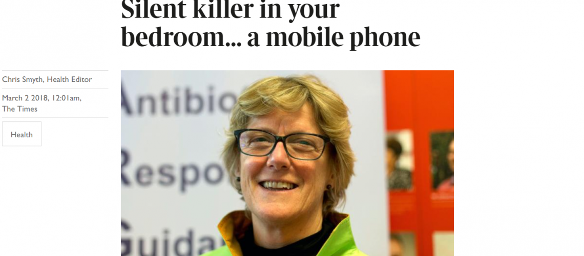 Turn mobile phones off at night says Chief Medical Officer